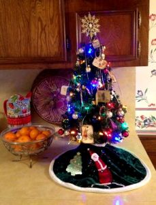 Tiny Kitchen Tree